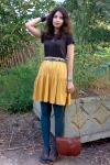 dark-brown-h-m-shirt-teal-tights-burnt-orange-purse_400
