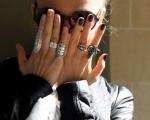 different-nail-polish-fashion-girl-glasses-nail-polish-nails-Favim.com-94285