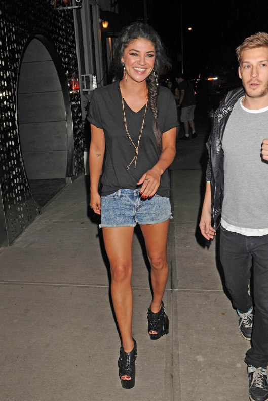 Jessica-Szohr-out-in-New-York-July-27-jessica-szohr-24133886-1002-1500