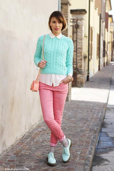 dr-martens-shoes-asos-jeans-asos-sweater-vintage-shirt_400