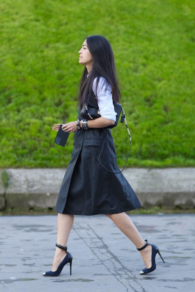 Paris-Fashion-Week-Street-Style-Spring-2013-caroline-issa-grey-wool-vest-dress-2