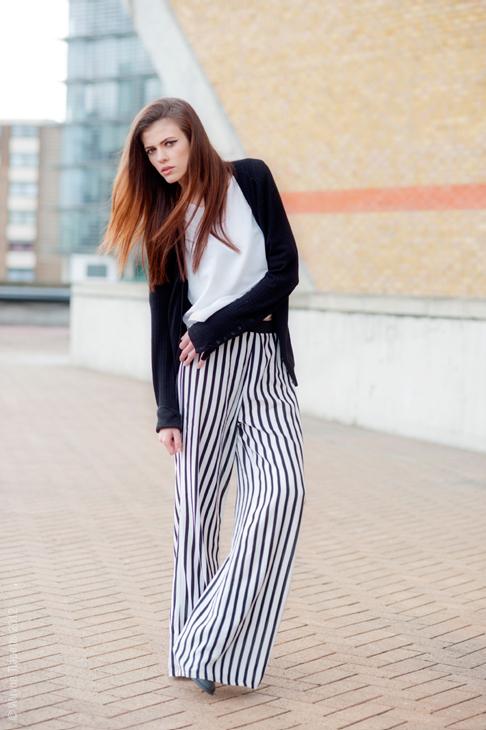Paula-Joye-Black-White-Street-Style-Stripe-Pants1