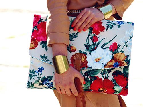 vintage floral clutch-f40590