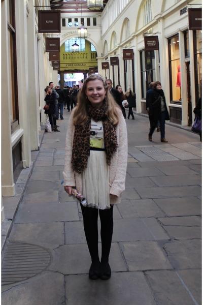 leopard-print-scarf-candy-coloured-topman-cardigan-chicwish-skirt-t-shirt_400