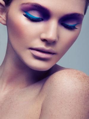 colour_eyeliner