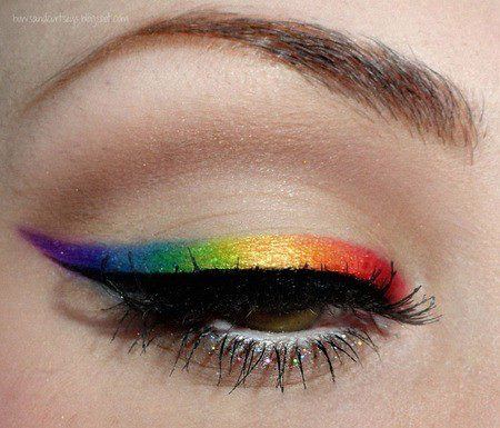coloured-eyeliner