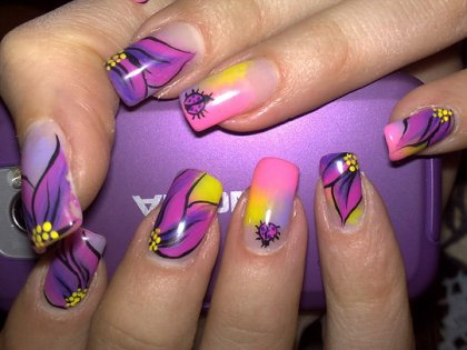 lilac-nail-art-ideas-4