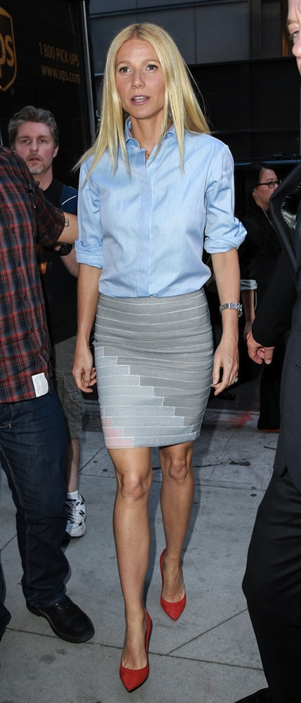 Gwyneth-Paltrow-Stella-McCartney-Shirt-Band-Of-Outsiders-Skirt-Gianvito-Rossi-Pumps