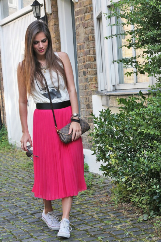 outfit-fashioninsideout-pink-skirt