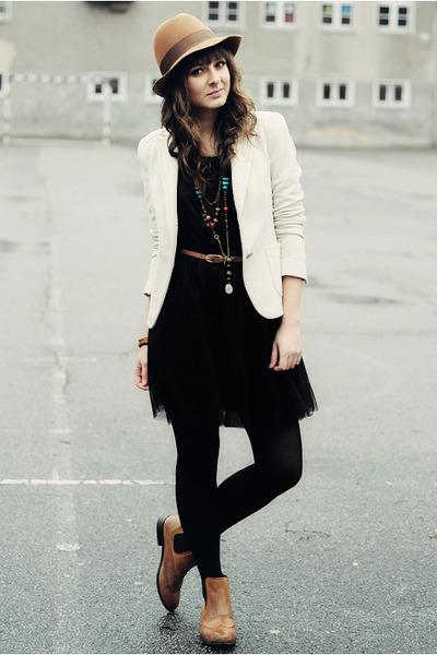 bronze-la-redoute-boots-black-h-m-dress_400