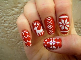 Christmas-Winter-Nails-Design
