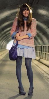 b47420df32b8c3c3_Neon-Sweater-1-brunetteblogging.com_