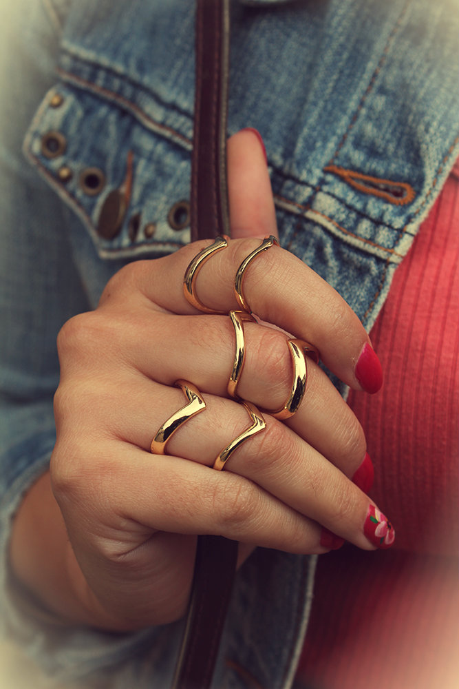 Vintage outfit rings
